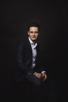 Новомир маркетолог Лобанов
