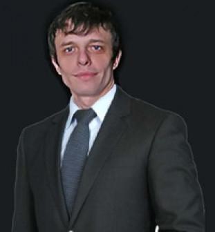 Илья Волков